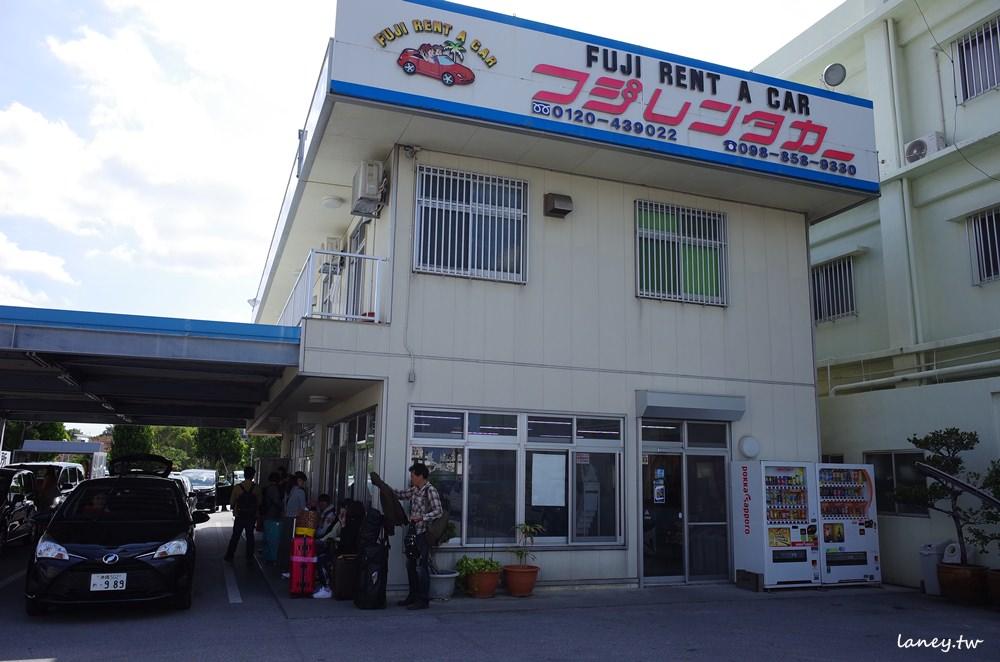 沖繩租車推薦 富士租車FUJI RENT A CAR 近奧武山溜滑梯公園 @蘭妮3+1旅食日常