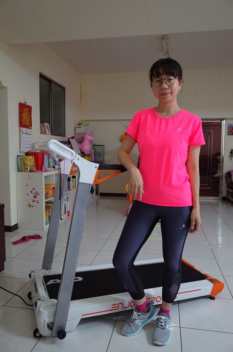 居家運動 HEAD Fitness H-T190小橘 免安裝摺疊靜音跑步機 在家運動 不受下雨的限制 @蘭妮 3+1 旅食日常