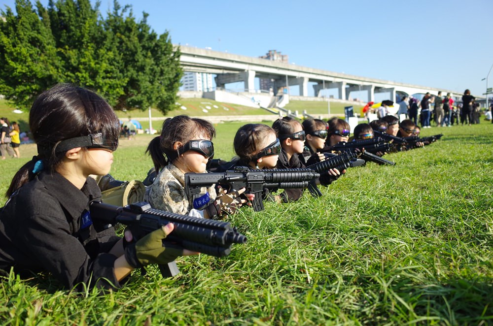 活動│三重大都會公園-小兵日記兒童軍事體驗營,體驗一日當兵訓練 @蘭妮3+1旅食日常