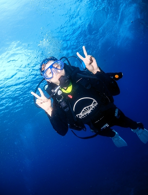 網站近期文章:小琉球潛水│不會游泳也可以潛水,小琉球潛水初體驗分享