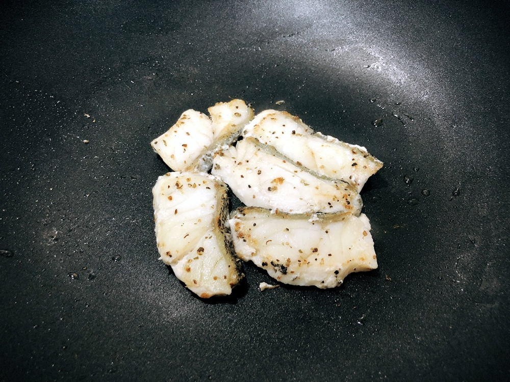 廚房新手也能輕易駕馭 產地新鮮直送 小斑斑無毒龍虎石斑魚